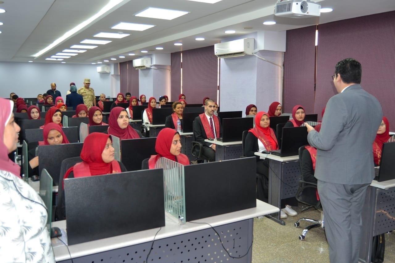 زيارة الي مركز اعداد القادة لقطاع الحكومي التابع الجهاز